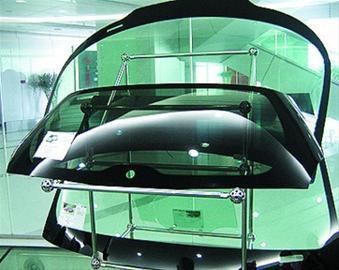 提供沈阳汽车前挡风玻璃,汽车后挡风玻璃,汽车门玻璃上门安装修理
